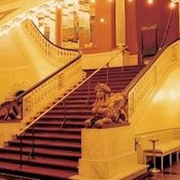Det Ny Teater er hele Københavns musical teater - kom med på omvisning i det store hus