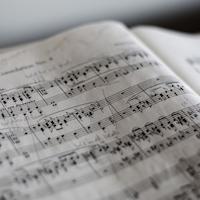 Martin Lohse: Fernisering med bobler og musik