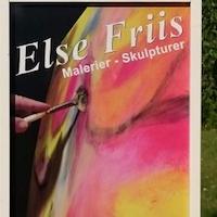Kunstmalerin öffnet ihr Atelier